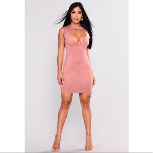 NWT Fashion Nova Say Yes mauve Suede Dress size L